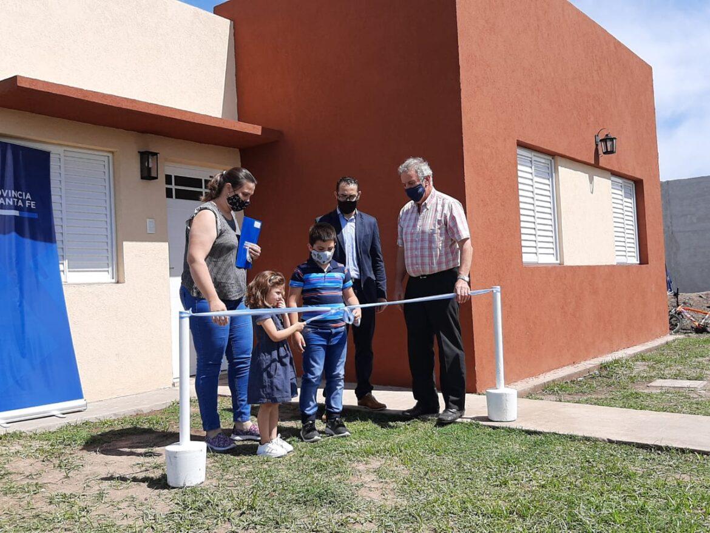 Comuna de Pilar: Entrega de vivienda en lote propio.