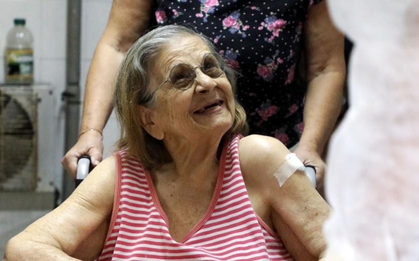 Santa Fe comenzó el operativo de vacunación contra el Covid-19 en los Geriátricos